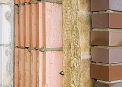 Isolation des murs creux